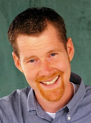 http://www.leatherhelp.com/wp-content/uploads/2009/09/Pro-Headshot.jpg