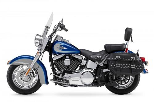 https://www.leatherhelp.com/wp-content/uploads/2004/08/2009-Harley-Davidson-FLSTC-Heritage-Softail-Classic-500x333.jpg